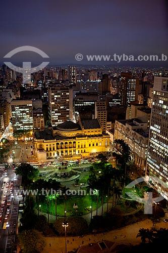 Assunto: Vista aérea com destaque para o Teatro Municipal  / Local:  São Paulo - SP  / Data: 04/10/2010