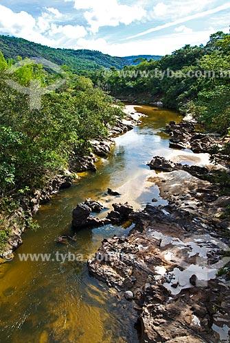 Assunto: Afluente do Rio Jaquitinhonha no trajeto da Antiga Estrada Real, entre Serro e Diamantina  / Local:  Minas Gerais - MG  / Data: 12/ 2009