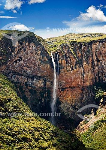 Cachoeira do Tabuleiro, a mais alta de Minas Gerais e a terceira mais alta do Brasil com 273 m de queda livre - Parque Estadual da Serra do Intendente - PESI   - Conceição do Mato Dentro - Minas Gerais - Brasil