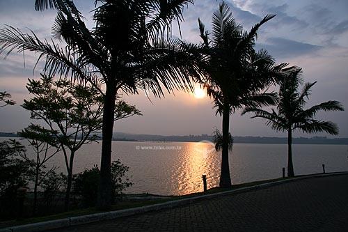 Assunto: Pôr do sol na Represa de Taiaçupeba / Local: Mogi das Cruzes - São Paulo - SP - Brasil / Data: 10/2010