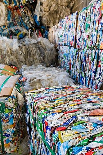 Assunto: Embalagens de leite prontas para reciclagem / Local:  São Bernardo do Campo - São Paulo - SP  / Data: 10/07/2010