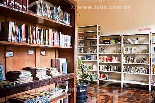 Assunto: Sala de literatura da Biblioteca Rui Barbosa, na Escola de Educação Básica Professor Olavo Cecco Rigon / Local: Concórdia - Santa Catarina (SC) - Brasil / Data: 10/05/2010