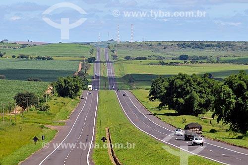 Assunto: Vista da Rodovia SP-300 na região de Cafelândia (Rodovia Marechal Rondon)  / Local:  Cafelândia - São Paulo - SP  / Data: 02/2009