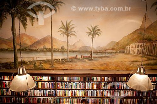 Assunto: Livraria da Travessa do Centro - Pintura de Clécio Regis  / Local:  Av. Rio Branco 44, Centro, Rio de Janeiro  / Data: 08/2010
