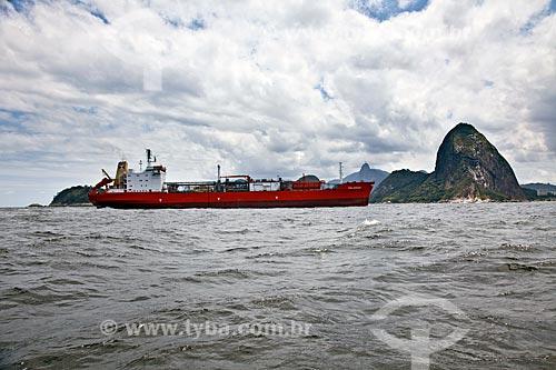 Assunto: Polargas - Navio da empresa GAC do Brasil entrando na Baía de Guanabara  / Local:  Rio de Janeiro - RJ - Brasil  / Data: 10/2010