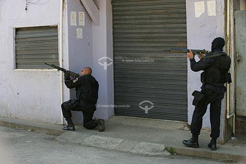 Operação do Bope (Batalhão de Operações Especiais) - no Morro dos Macacos  - Rio de Janeiro - Rio de Janeiro - Brasil