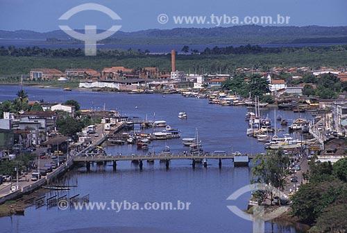 Assunto: Vista geral da cidade de Valença, às margens do Rio Una  / Local:  Valença - BA - Brazil  / Data: 2011