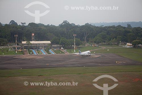 Assunto: Avião na pista do Aeroporto de Carajás na Floresta Nacional Carajás  / Local:  próximo à Parauapebas - Pará  - Brasil  / Data: 31/10/2010