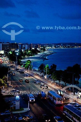 Assunto: Vista noturna da Praia de Ponta Verde    / Local:  Maceió - Alagoas - AL  / Data: 2011