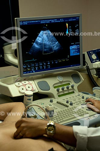 Assunto: Instituto Nacional de Cardiologia Laranjeiras - Ecocardiografista realizando Ecodopplecardiograma. / Local: Laranjeiras - Rio de Janeiro - RJ - Brasil / Data: 10-2010.