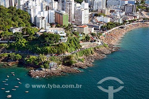 Assunto: Vista aérea da Praia do Porto da Barra com prédios ao fundo  / Local:  Salvador - Bahia - BA  / Data: 1/2011