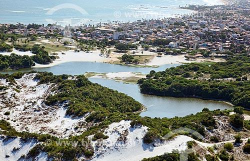 Assunto: Vista aérea da Lagoa do Abaeté, no bairro de Itapoã  / Local:  Salvador - Bahia - BA  / Data: 01/2011