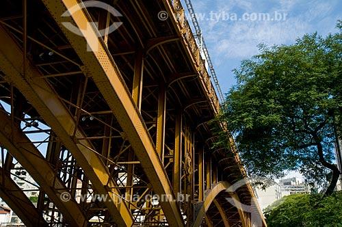 Assunto: Viaduto Santa Efigênia  / Local:  São Paulo - SP  / Data: 25/12/2009