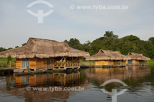 Assunto: Pousada Uacari, no lago Mamirauá  / Local:  Reserva de Desenvolvimento Sustentável Mamirauá - Amazonas - AM - Brasil  / Data: 2007