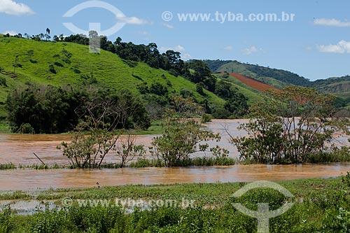 Assunto: Rio Paraíba do Sul  / Local:  Próximo à Vassouras - Vale do Paraíba - Rio de Janeiro - RJ  / Data: 02/2011