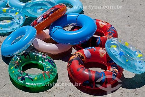 Assunto: Bóias na praia da Urca  / Local:  Urca - Rio de Janeiro - RJ - Brasil  / Data: 02/2010