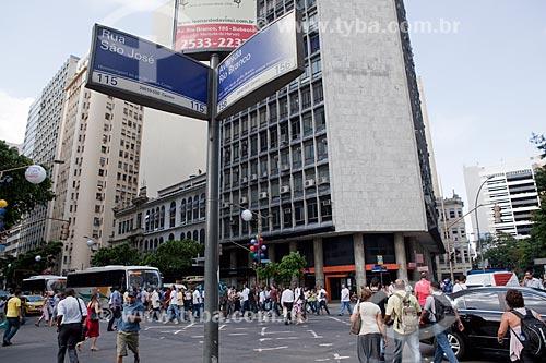 Cruzamento da Avenida Rio Branco com São José  - Rio de Janeiro - Rio de Janeiro - Brasil