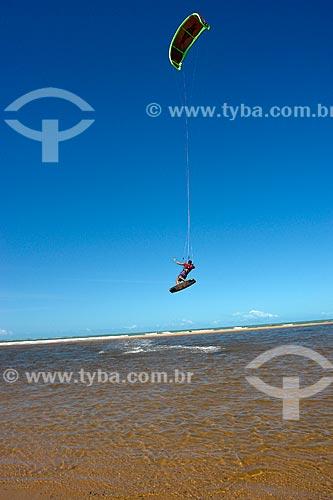 Assunto: Kitesurf na foz do Rio Caraíva  / Local:  Caraíva - Bahia - BA - Brasil  / Data: 07/2008