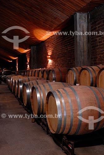 Assunto: Depósito com barris do vinhedo Aquitânia  / Local: Santiago - Chile - América do Sul / Data: 01/2011