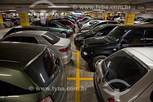 Assunto: Estacionamento do Raposo Shopping / Local: São Paulo (SP) - Brasil / Data: 03/2011