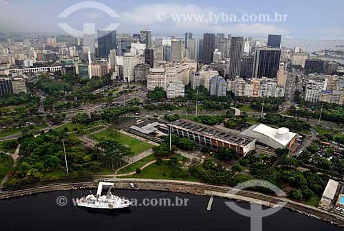 Assunto: Vista aérea do Aterro do Flamengo; em primeiro plano Marina da Glória, MAM e Vivo Rio, e ao fundo o centro da cidade do Rio de Janeiro / Local: Rio de Janeiro (RJ) - Brasil / Data: 01/2011