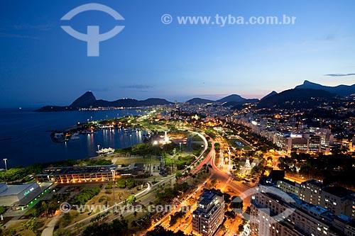 Assunto: Vista do Aterro do Flamengo com iluminação noturna / Local:  Rio de Janeiro  -  RJ  -  Brasil / Data: 02/2011