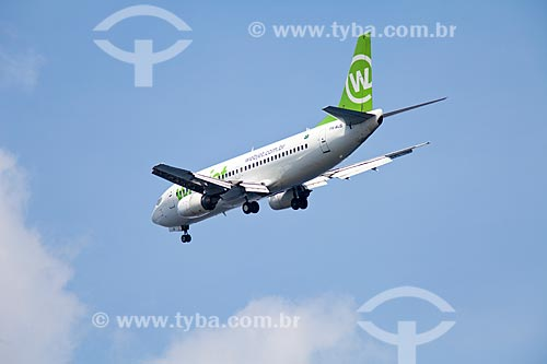 Assunto: Avião da Webjet voando com trem de pouso baixado / Local: Rio de Janeiro  -  RJ  -  Brasil  / Data: 02/2011