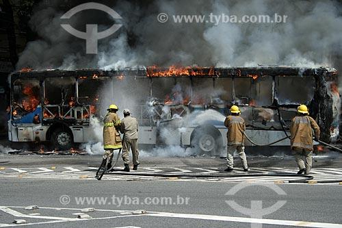 Assunto: Incêndio em ônibus / Local: Rio de Janeiro (RJ) - Brasil  / Data: 11/2010