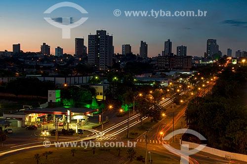 Assunto: Vista aérea da rotatória da Avenida Brasília com a Avenida Joaquim Pompeu de Toledo / Local: Araçatuba - São Paulo (SP) - Brasil / Data: 04/2010