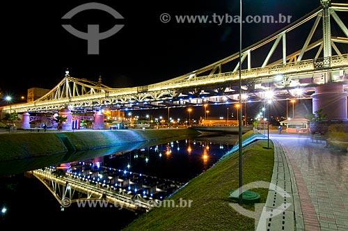 Ponte Benjamin Constant (1895) - também conhecida como ponte metálica - iluminada  - Manaus - Amazonas - Brasil