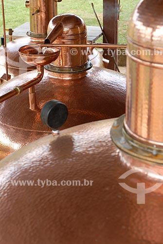 Assunto: Alambique - Produção artesanal de cachaça / Local: Minas Gerais (MG) - Brasil / Data: 08/2005
