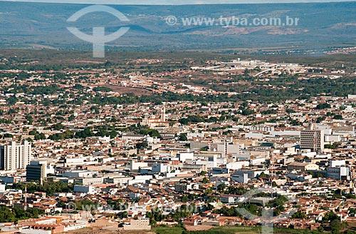 Assunto: Vista da cidade de Juazeiro do Norte à partir do morro do Horto - Chapada do Araripe ao fundo / Local: Juazeiro do Norte - Ceará (CE) - Brasil / Data: 08/2010