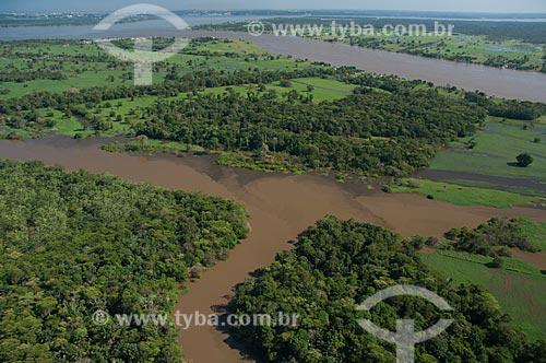 Assunto: Vista aérea de uma várzea do Rio Amazonas nas proximidades do município de Careiro da Várzea  / Local: Amazonas (AM) - Brasil / Data: 06/2007