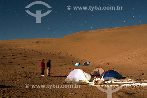 Assunto: Acampamento no cume do Cerro Blanco, a duna mais alta do mundo / Local: Nasca - Departamento de Ica - Peru - América do Sul / Data: 18/05/2011