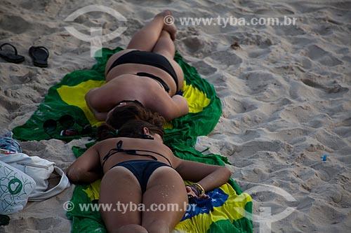 Assunto: Mulheres se bronzeando na Praia de Ipanema / Local: Ipanema - Rio de Janeiro (RJ) - Brasil / Data: 02/2011