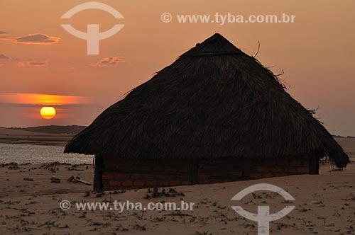 Assunto: Cabana num Vilarejo em Caburé  - Percurso do Rio Preguiça  / Local: Barreirinhas - Maranhão (MA) - Brasil / Data: 07/2011