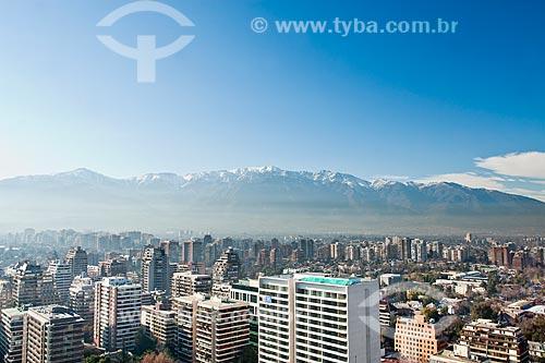 Assunto: Vista aérea da cidade e da Cordilheira dos Andes ao fundo / Local: Santiago - Chile - América do Sul / Data: 08/2011
