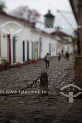 Assunto: Rua com pavimentação em pedra conhecida como pé de moleque / Local: Paraty - Rio de Janeiro (RJ) - Brasil / Data: 07/2011