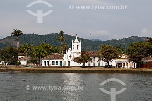 Assunto: Igreja de Nossa Senhora das Dores com Rio Perequê-Açu em primeiro plano / Local: Paraty - Rio de Janeiro (RJ) - Brasil / Data: 07/2011