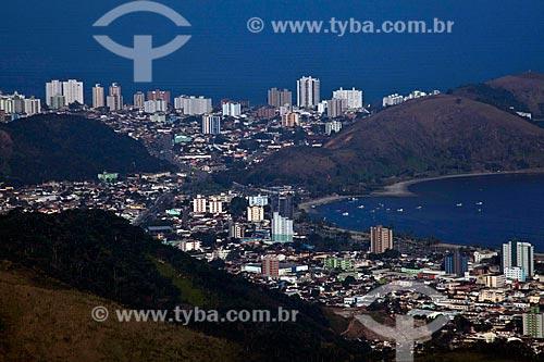Assunto: Vista de Caraguatatuba do alto da Rodovia dos Tamoios SP-099  / Local: Caraguatatuba - São Paulo (SP) - Brasil / Data: 08/2011