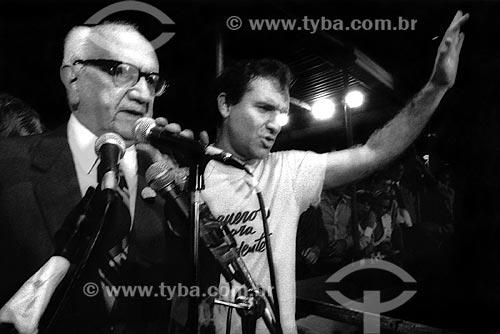 Assunto: Barbosa Lima Sobrinho e Osmar Santos no Comício das Diretas em frente a Igreja de Nossa Senhora da Candelária / Local: Rio de Janeiro (RJ) -  Brasil / Data: 04/1984