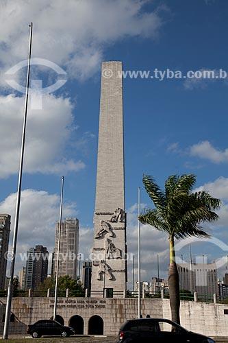Assunto: Obelisco Mausoléu aos Heróis de 32 - Também conhecido como Obelisco do Ibirapuera ou Obelisco de São Paulo / Local: São Paulo (SP) - Brasil / Data: 08/2011