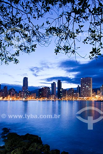 Assunto: Vista da cidade a partir do Pontal Norte / Local: Balneário Camboriú - Santa Catarina (SC) - Brasil / Data: 10/2011