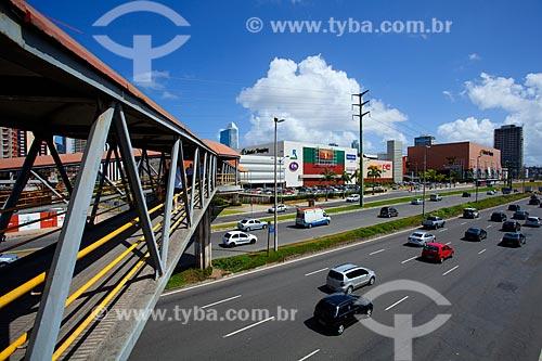 Assunto: Shopping Salvador e Avenida Tancredo Neves / Local: Caminho das Árvores - Salvador - Bahia (BA) - Brasil / Data: 07/2011