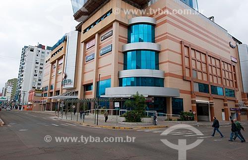 Assunto: Fachada do Shopping center da cidade de Passo Fundo / Local: Passo Fundo - Rio Grande do Sul (RS) - Brasil / Data: 04/2011