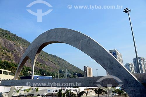 Assunto: Passarela sobre a autoestrada Lagoa-Barra / Local: São Conrado - Rio de Janeiro (RJ) - Brasil / Data: 07/2011