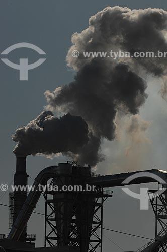 Assunto: Fumaça de indústria petroquímica / Local: Triunfo - Rio Grande do Sul (RS) - Brasil / Data: 06/2010