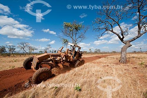 Assunto: Terraceamento em fazenda na área rural - Programa de Revitalização das Bacias dos Rios São Francisco e Parnaíba  / Local: Jequitaí - Minas Gerais (MG) - Brasil / Data: 09/2011