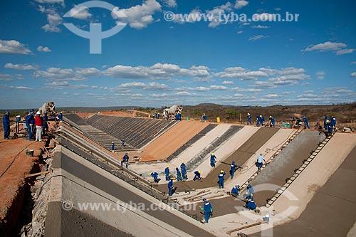 Assunto: Concretagem do canal da Transposição do Rio São Francisco - Projeto de Integração do Rio São Francisco com as bacias hidrográficas do Nordeste Setentrional / Local: Mauriti - Ceará (CE) - Brasil / Data: 10/2011