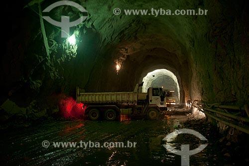 Assunto: Interior do Túnel Cuncas I sob a Serra de Monte Horebe - Projeto de Integração do Rio São Francisco com as bacias hidrográficas do Nordeste Setentriona / Local: São José de Piranhas - Paraíba (PB) - Brasil / Data: 10/2011